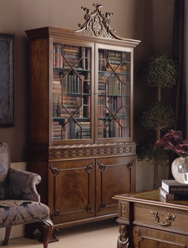 The Chippendale Display Cabinet - The Stately Homes Collection - No. 5396