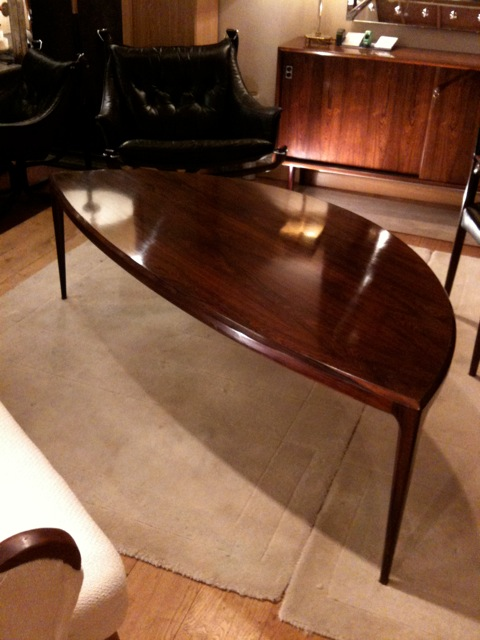 Paris Flea Market - Scandinavian coffee table
